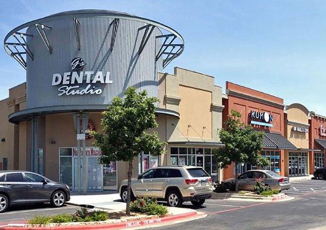 Shops at Silverado